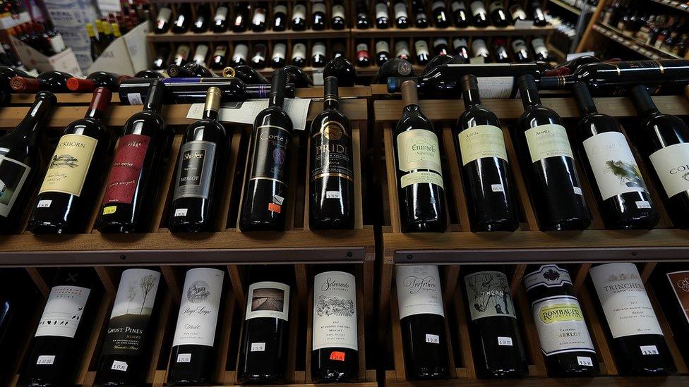 Botellas de vino estadounidense