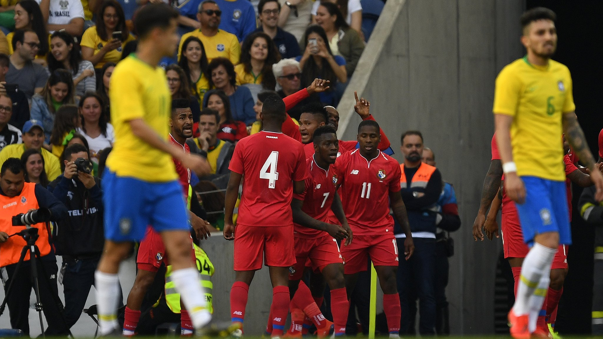 Brazil 1-1 Panama: Ederson, Firmino and Richarlison feature in surprise draw