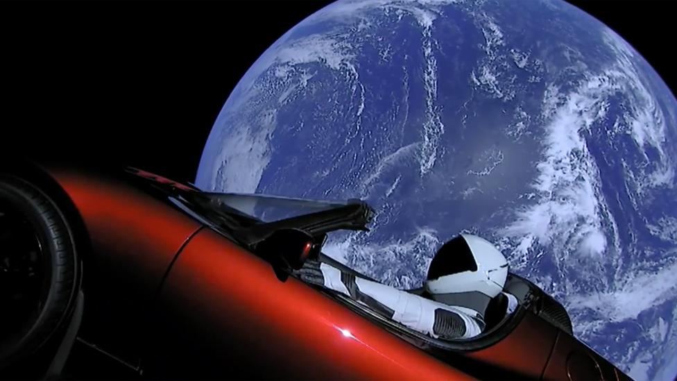 El Tesla Roadster en el espacio Foto: SpaceX