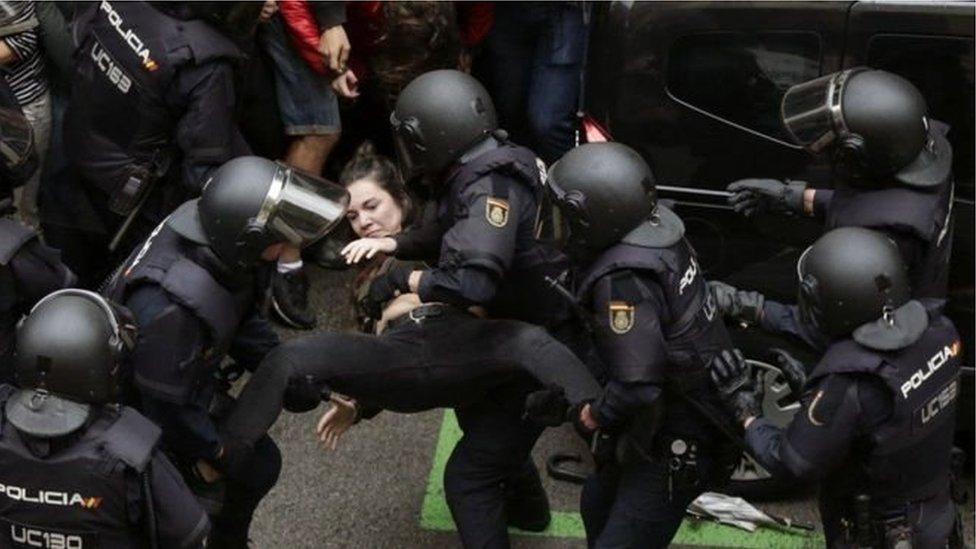 الشرطة في كاتالونيا
