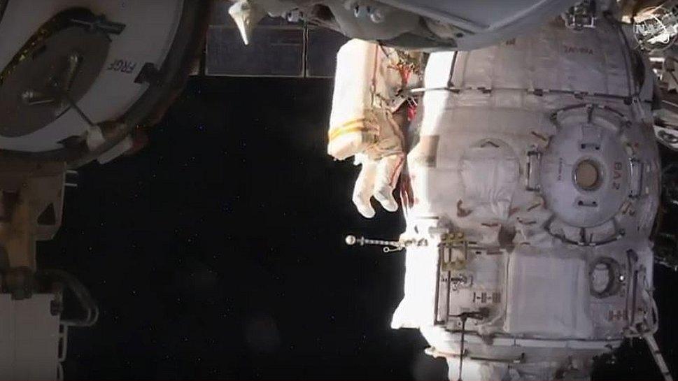 ISS: Spacewalk cosmonauts investigate mystery hole