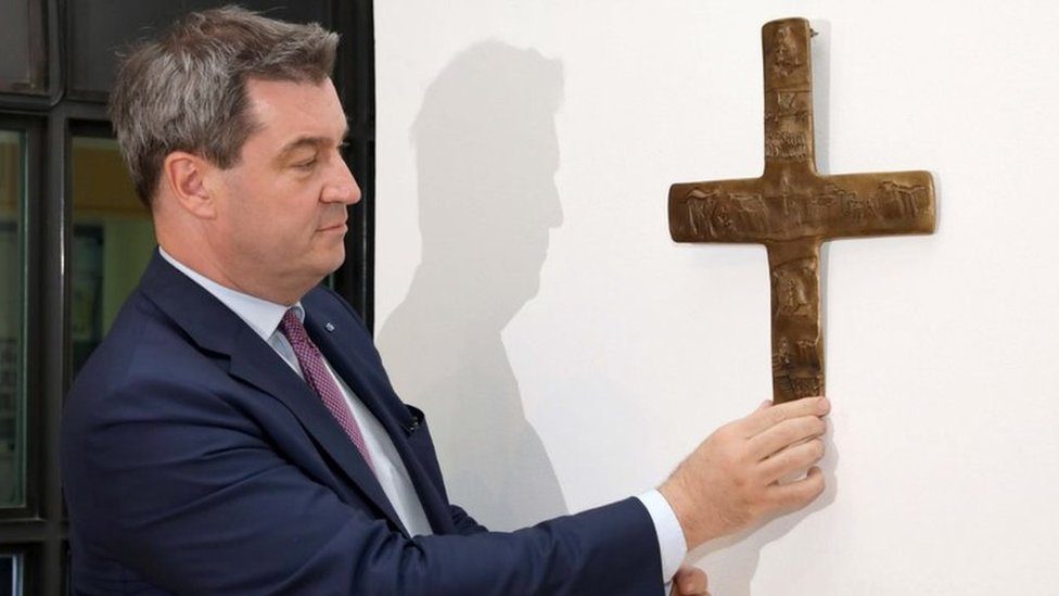 Germany's Bavaria orders Christian crosses in all state buildings