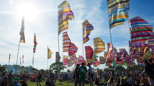 Glastonbury to open with minute's silence