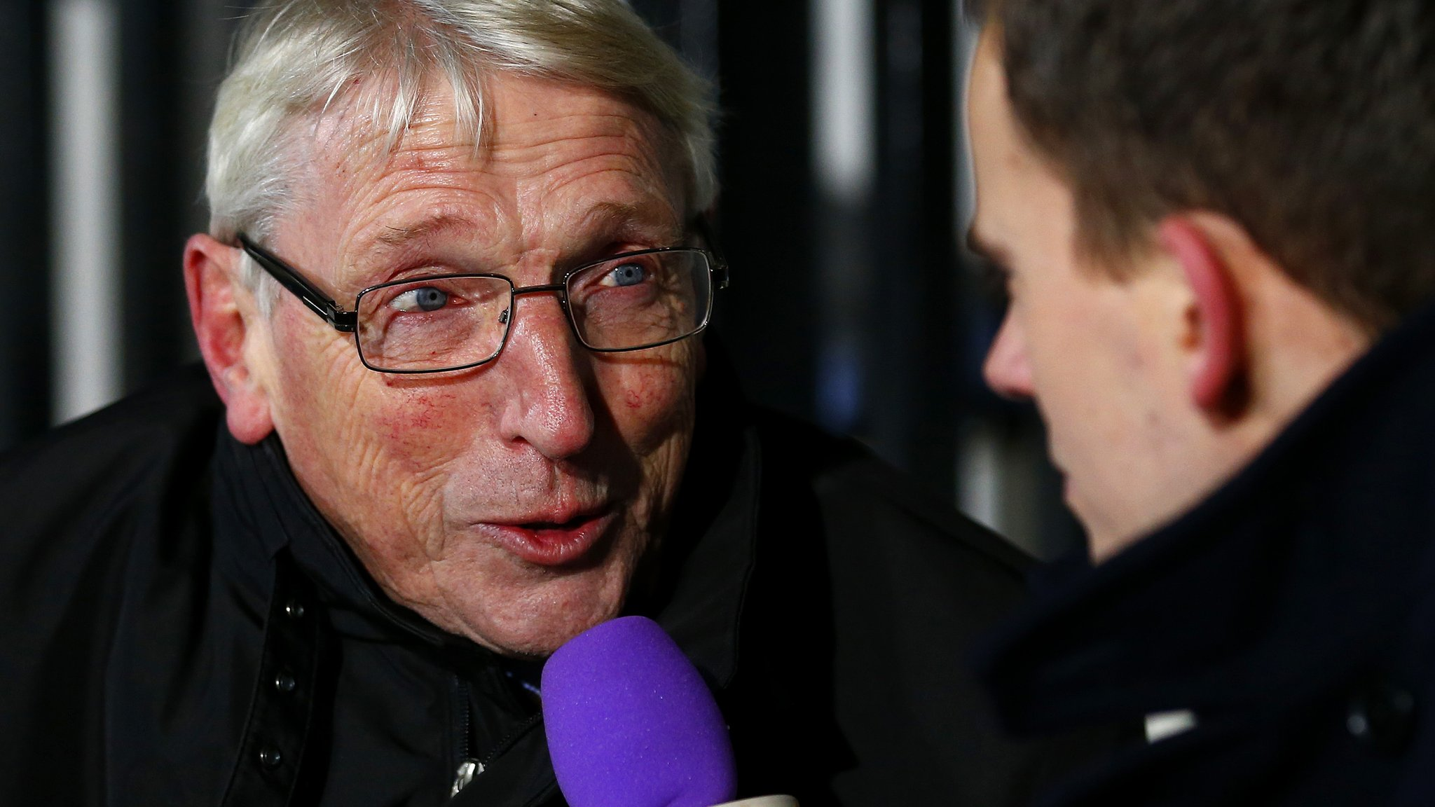 Dave Doggett: Cambridge United chairman steps down