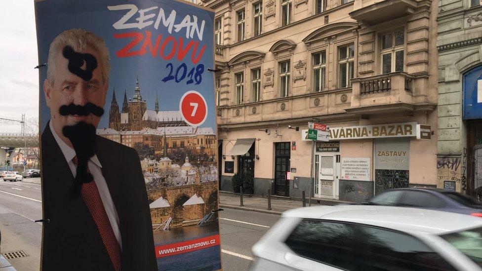 Se espera que Zeman gane la primera ronda de las elecciones el viernes y sábado.