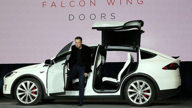 & Tesla unveils Model X car with Falcon Wing doors - BBC News pezcame.com