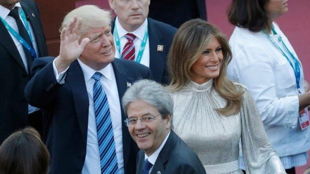 Trump y su esposa