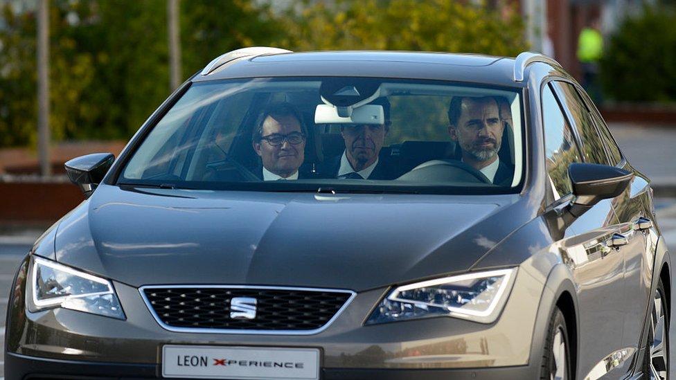 Artur Mas y el Rey en un carro catalán