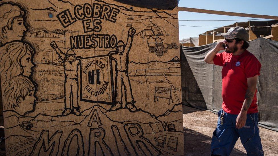La propiedad del cobre ha sido un tema político sensible en Chile hace décadas.