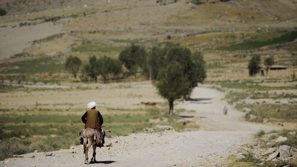 بدخشي طالبان تر واک لاندې ښوونځیو ته له دولت لګښت غواړي