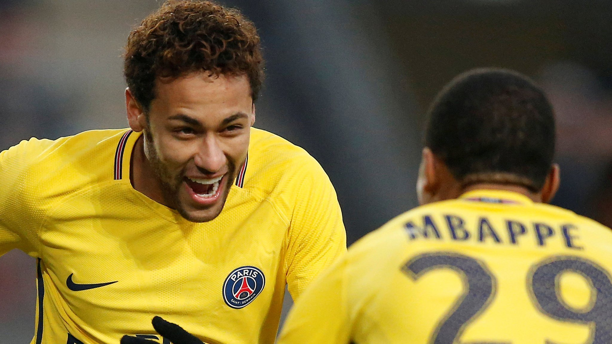 Neymar double in easy PSG win at Rennes