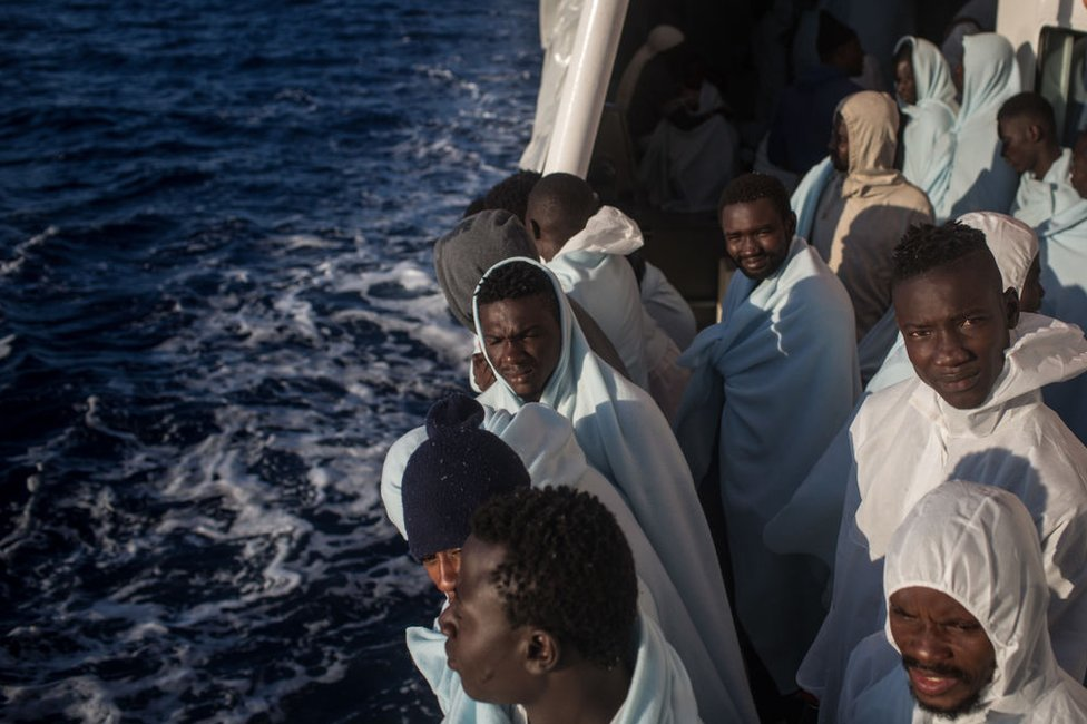 """Petros Márkaris dice que Europa trata a los inmigrantes """"de la manera más repugnante""""."""