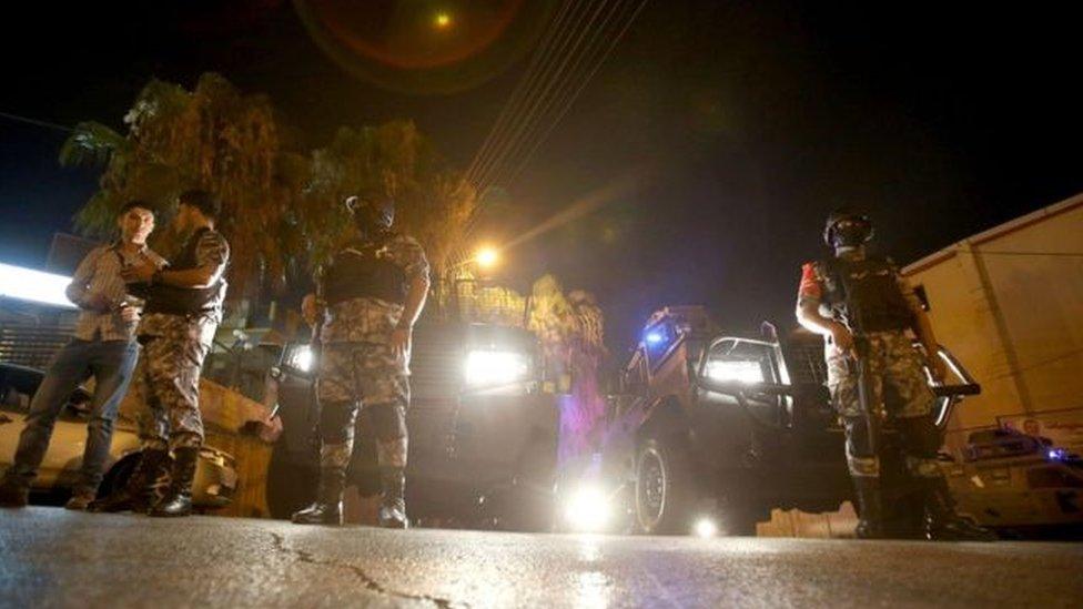 خلاف دبلوماسي بين الأردن وإسرائيل عقب حادث إطلاق النار قرب السفارة الإسرائيلية