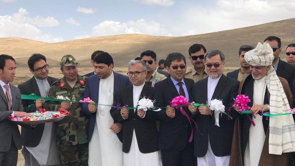 اشرف غني: بامیان د افغانستان پر خوځنده زړه بدلېدونکی دی