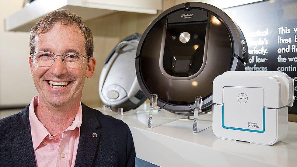 Colin Angle es uno de los pioneros en robótica más reconocidos a nivel internacional. Fundó iRobots hace más de dos décadas a la afueras de Boston.