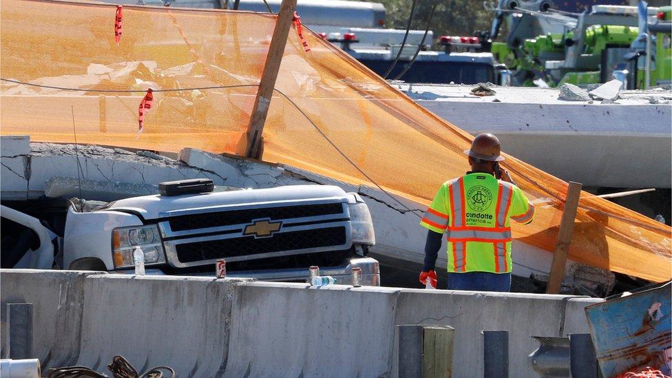 Miami bridge: Meeting over crack held hours before collapse