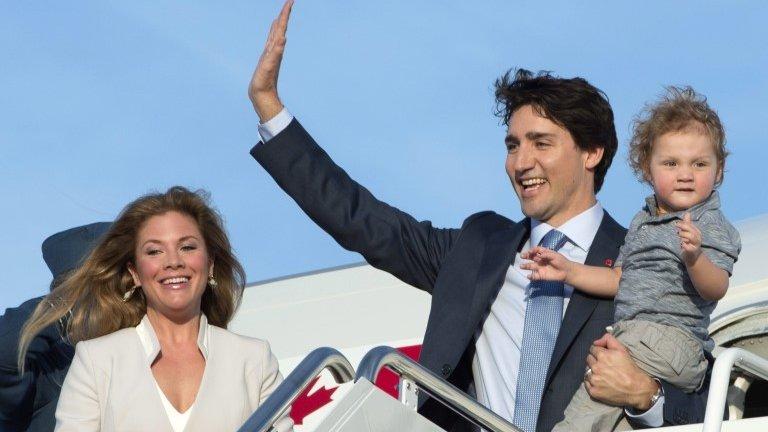 Justin Trudeau brings star power to White House