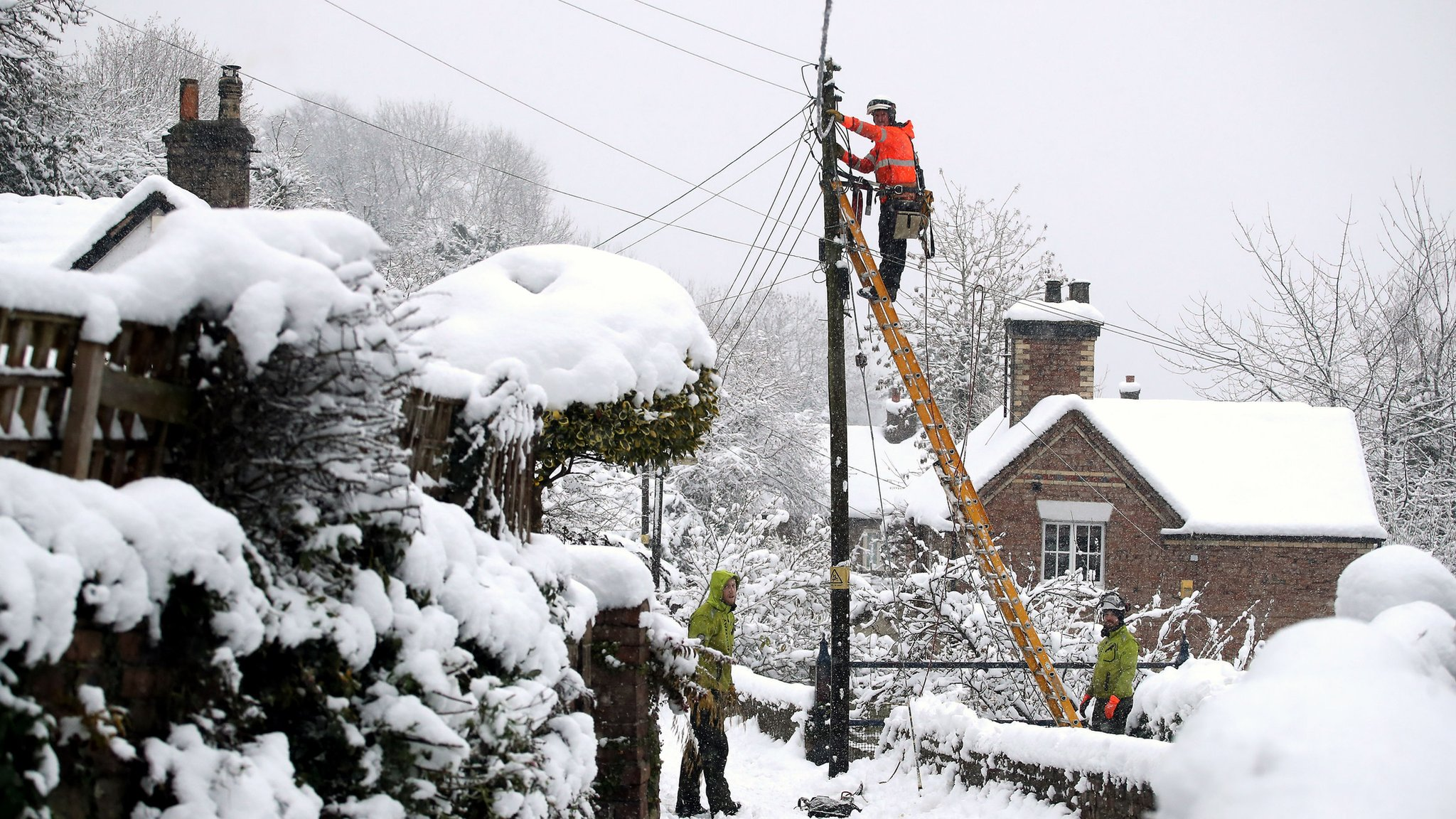 UK snow: Power and travel disruption across country