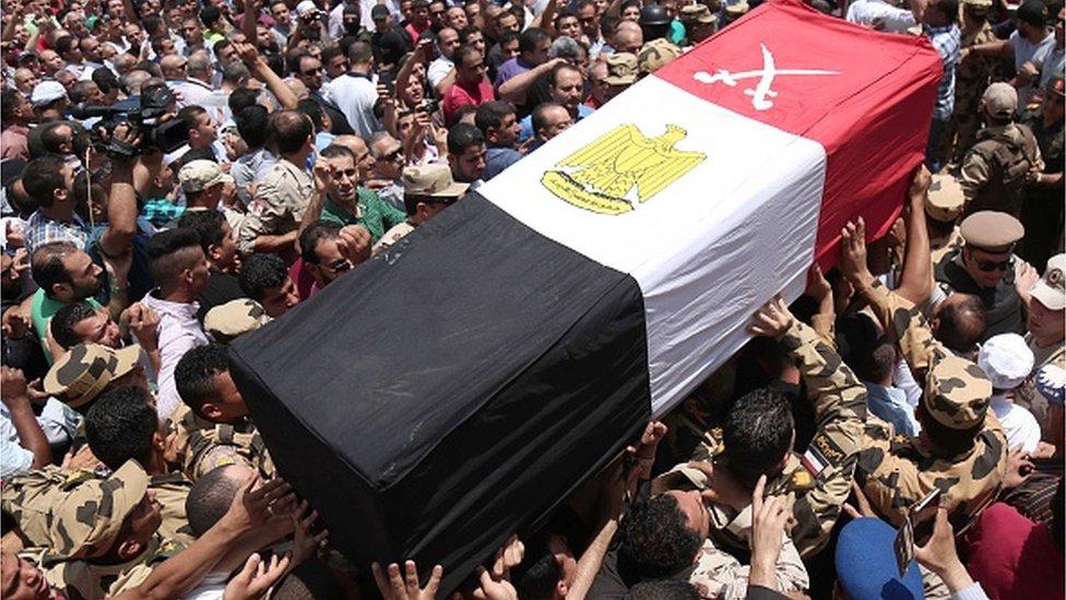 جنازة عسكري مصري قتل في سيناء