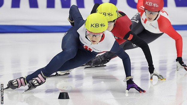 Elise Christie competes in the 1000m at the Short-Track Speed Skating World Championships