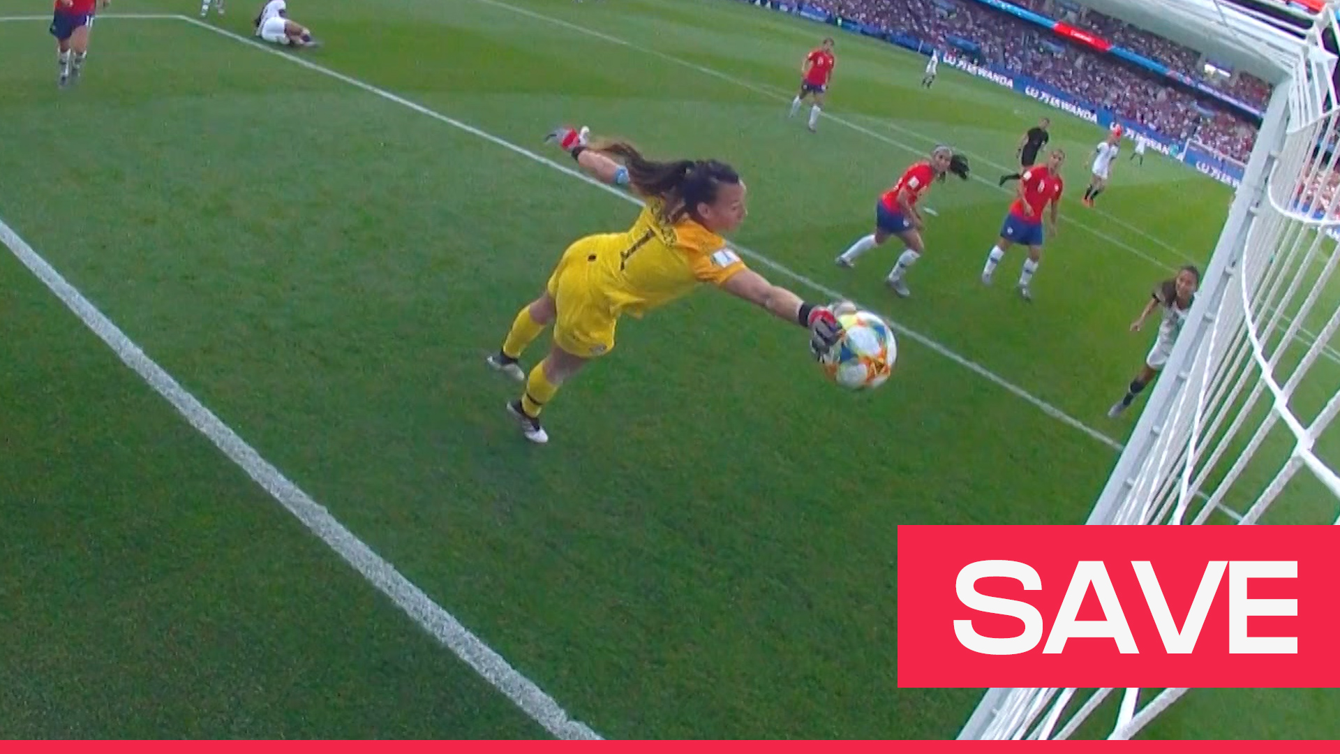 Women's World Cup 2019: Christiane Endler produces spectacular save v USA