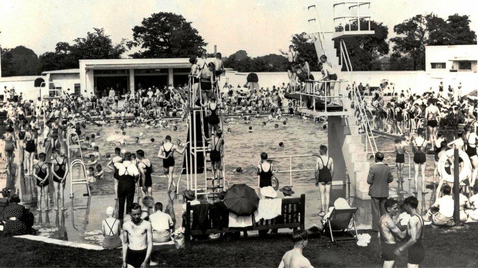 Rowheath Lido in 1937