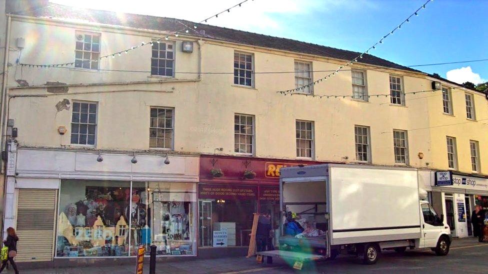 Flats plan backed for ex-Debenhams store in Bangor