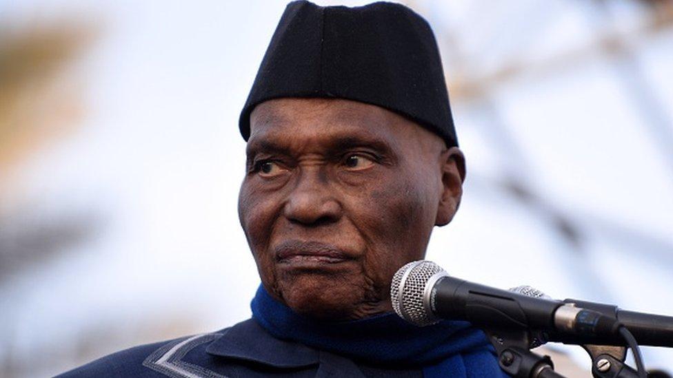 Sénégal: Wade appelle à une marche