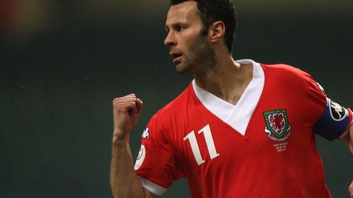 Is Giggs right for Wales? Pundits & fans on his merits - plus vote for your choice