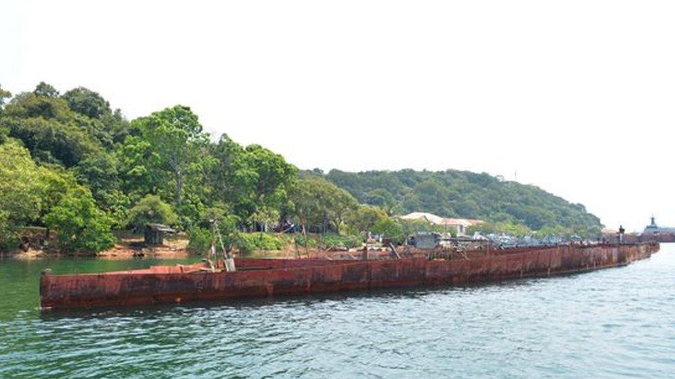 Una imagen de la longitud del barco