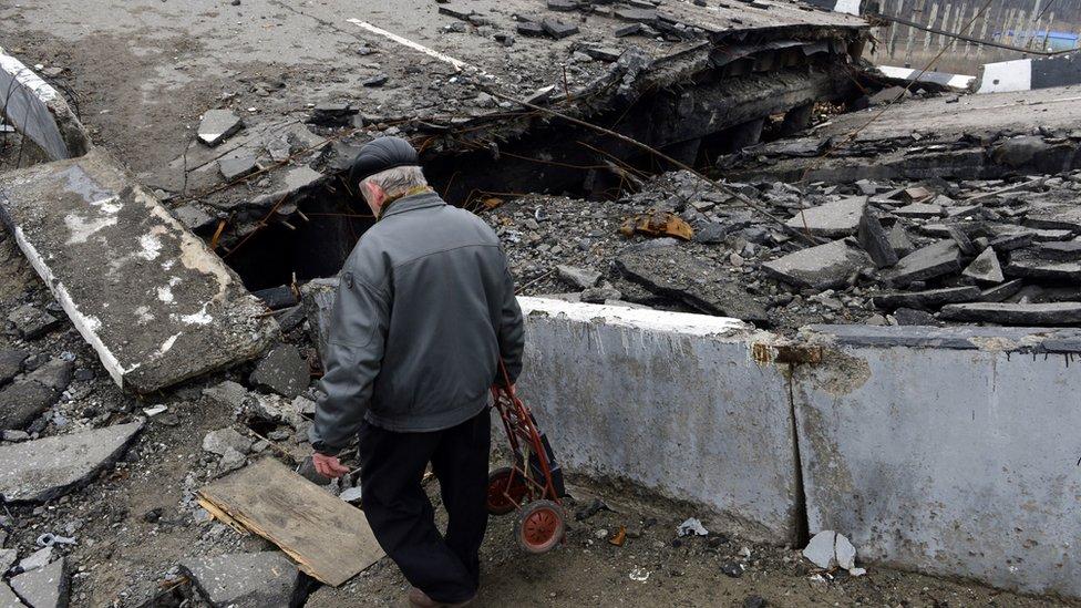 В Україні погано карають за злочини, пов'язані зі збройним конфліктом - HRW
