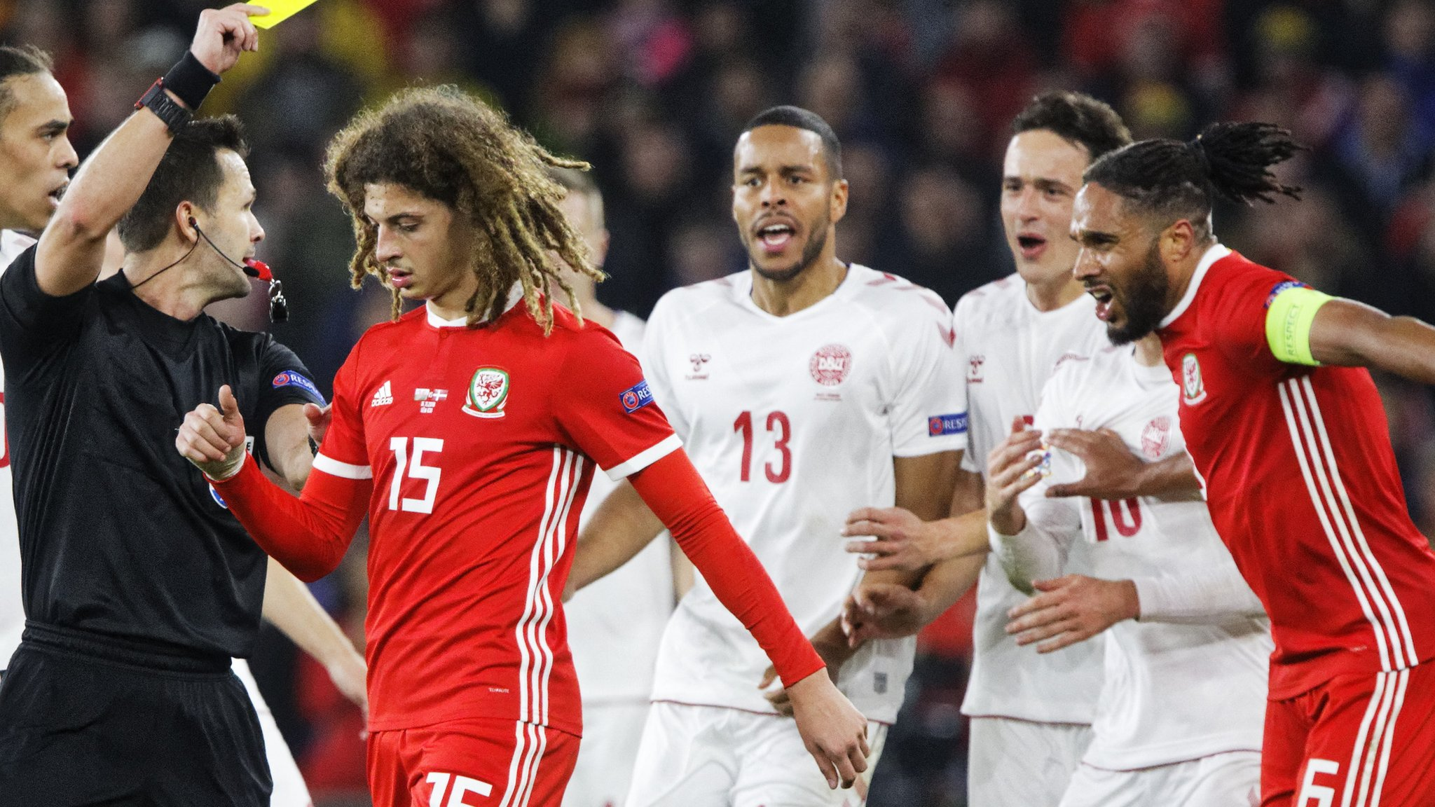 Ryan Giggs: Manager backs Wales 'character' in defeat to Denmark