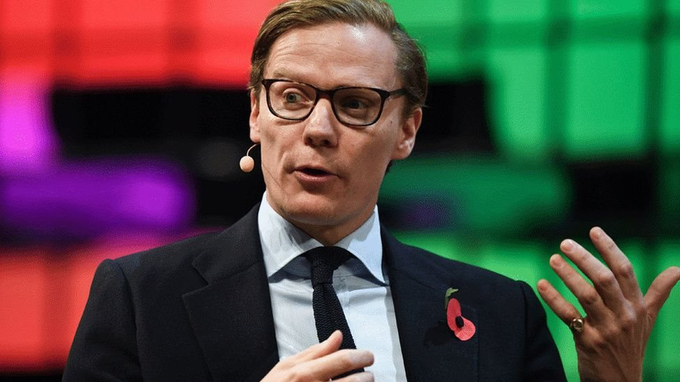 Alexander Nix es el fundador y director ejecutivo de Cambridge Analytica, una consultora comercial y política con sede en Londres.