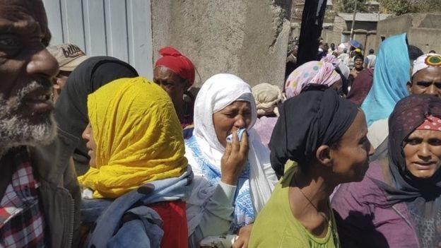 أهالي الضحايا تجمعوا قرب مكب النفايات بحثا عن أقرباء لهم