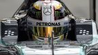 Hamilton pips Rosberg in Italy