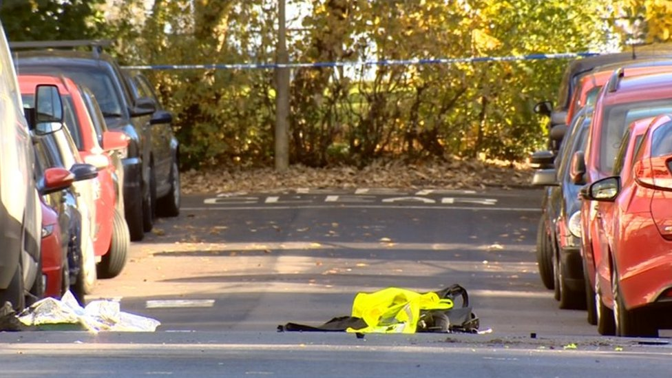 Police probe attempted car attack murder on two officers