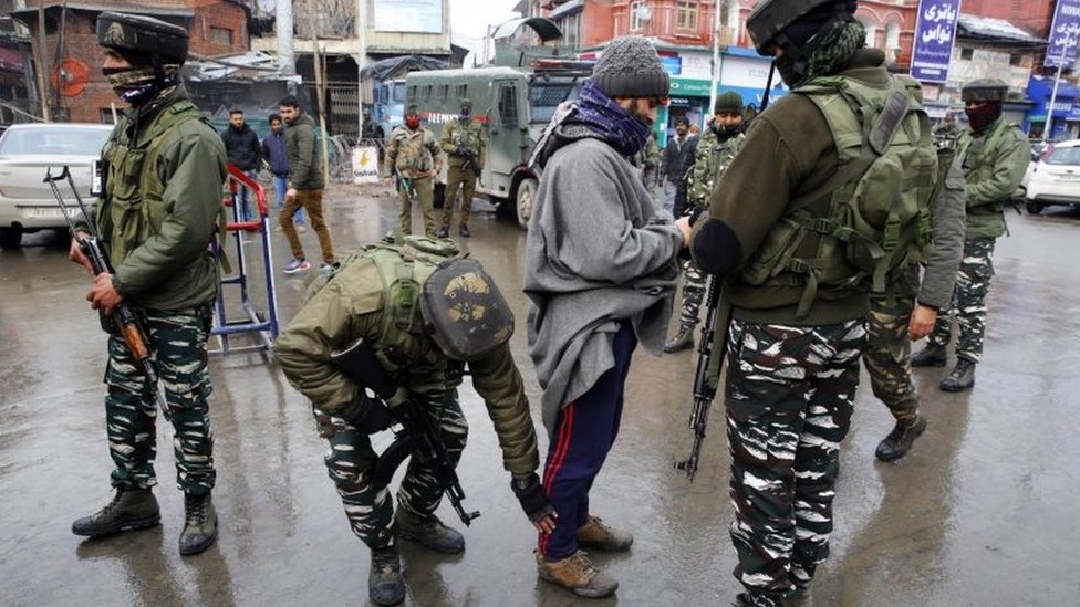 Indian-administered Kashmir attack: 18 killed in suicide attack