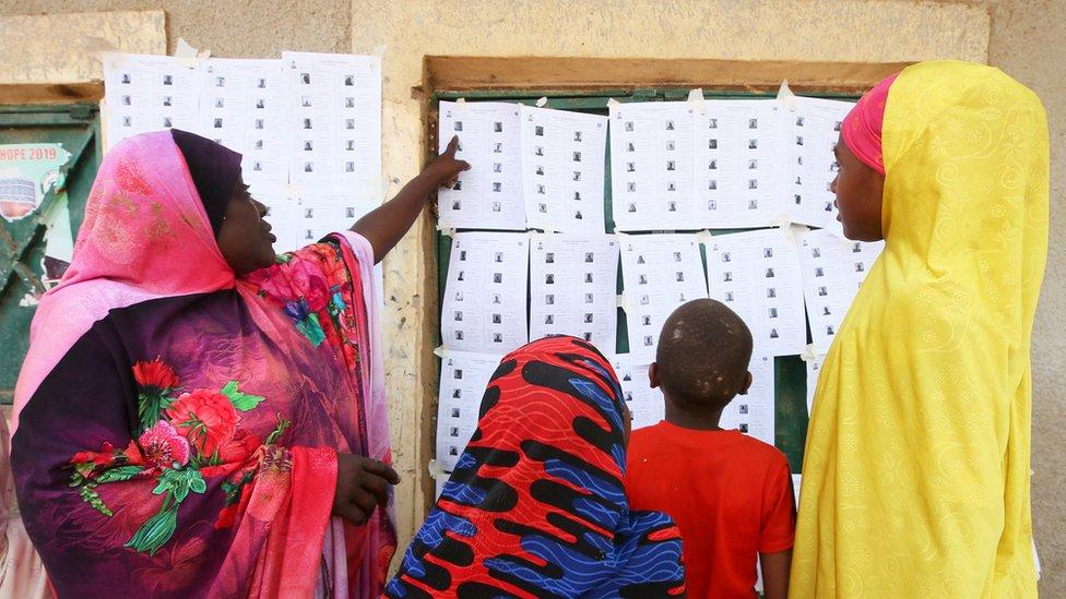 Nigeria election 2019: Atiku Abubakar challenges Muhammadu Buhari