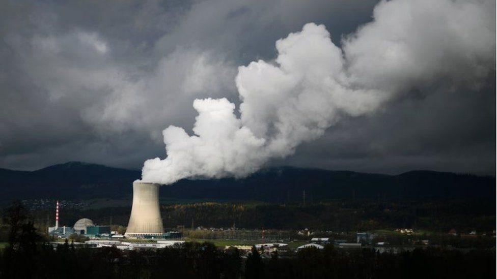 استفتاء في سويسرا على مقترح للتخلي عن الطاقة النووية