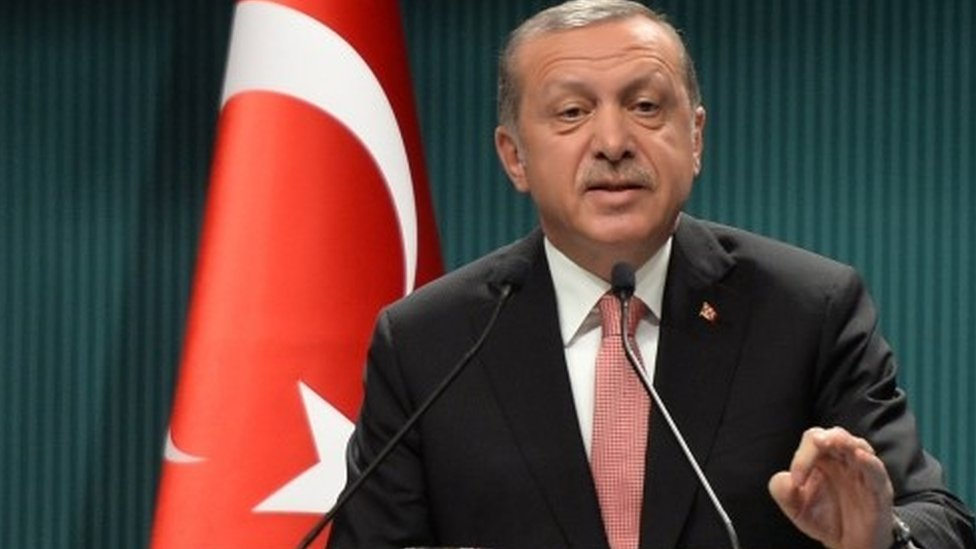 Turkey extends detention without charge to 30 days