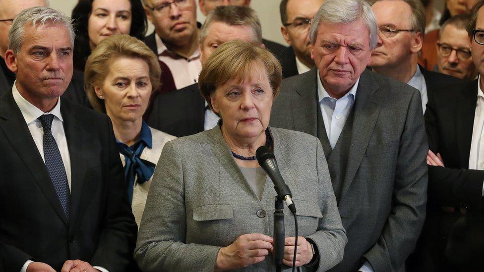 Vận mệnh chính trị của bà Merkel ra sao?