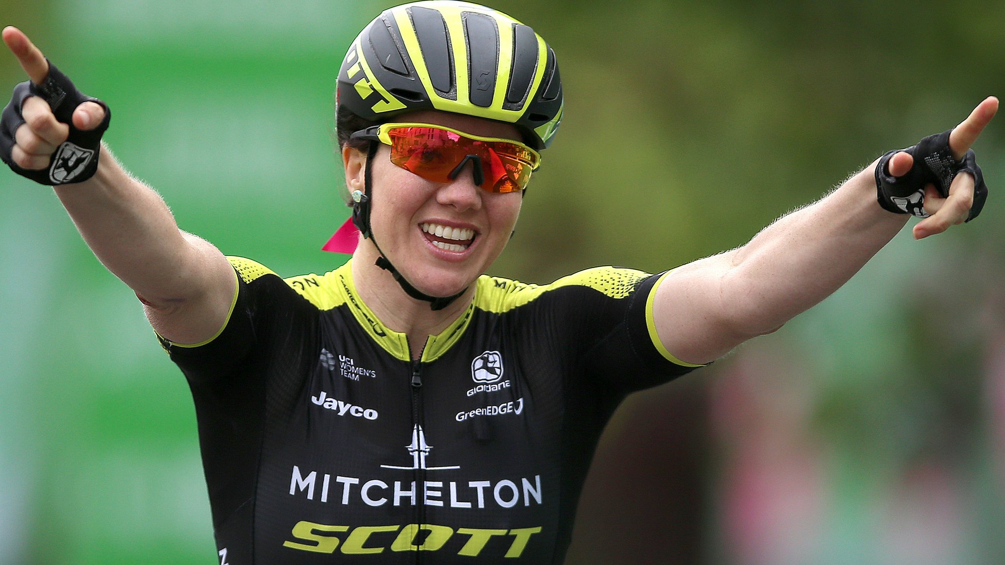 Australia's Roy wins stage three of Women's Tour
