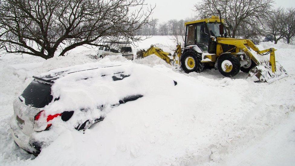 У центрі України обіцяють потужні снігопади