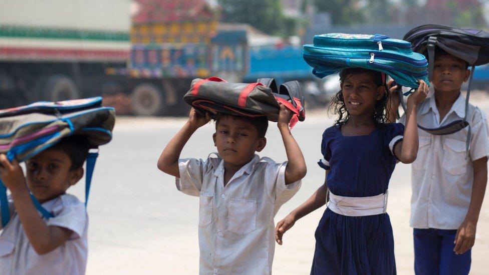 বেসরকারি স্কুলে ভর্তি ফি বেঁধে দিতে পারে সরকার