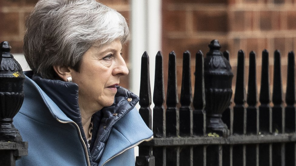 Brexit: Vote on Theresa May's deal may not happen next week