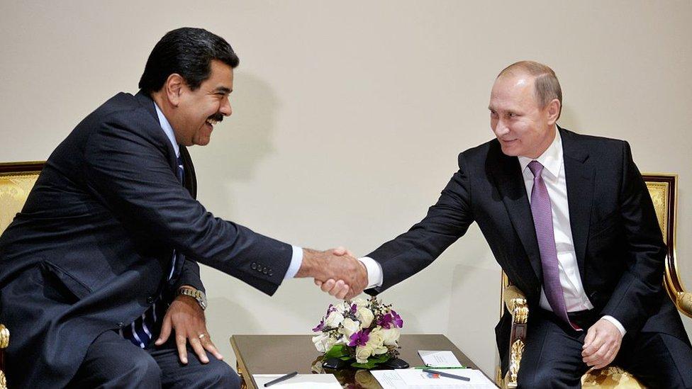 Rusia podría salir fortalecida ante eventuales sanciones al sector del petróleo en Venezuela.