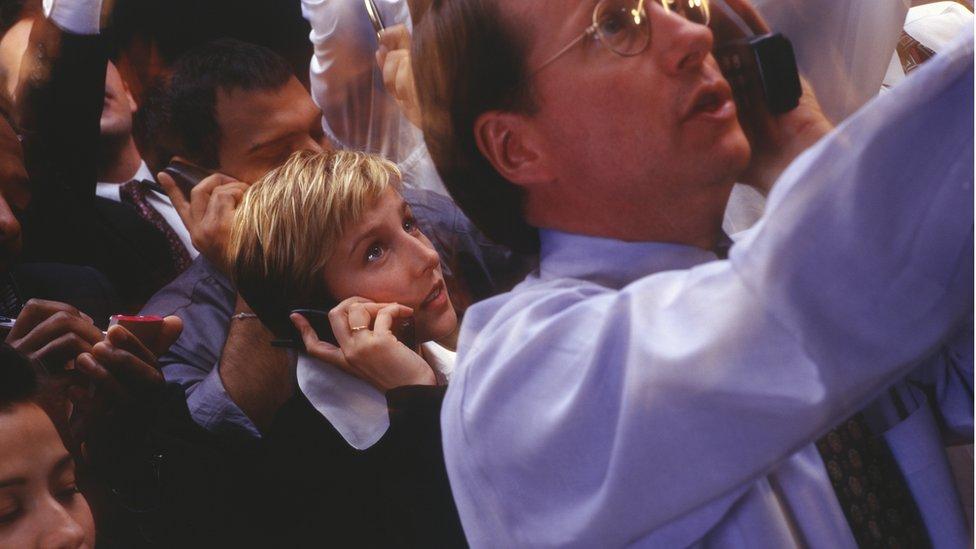 Expertos plantean que el 95% de los inversionistas en criptomonedas son hombres.