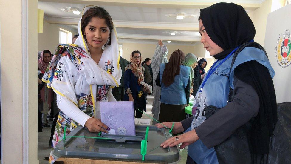 افغانستان کې د ټاکنو پرسر د ارګ او ټاکنو کمیسیون ناندرۍ