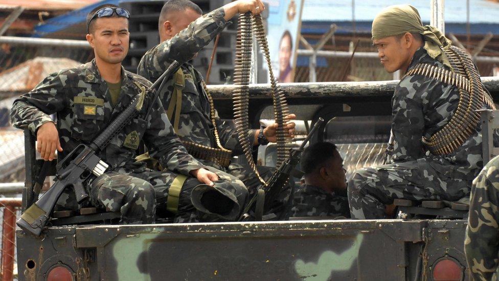 Phillippines giải cứu thủy thủ Việt Nam