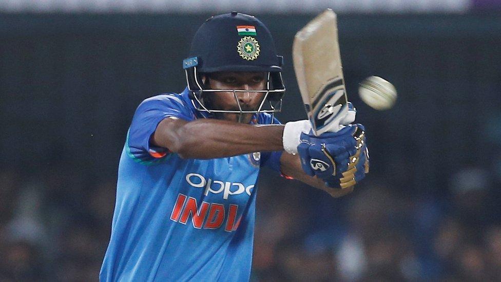 انڈیا نے آسٹریلیا کو ہرا کر سیریز اور عالمی درجہ بندی میں پہلی پوزیشن اپنے نام کرلی